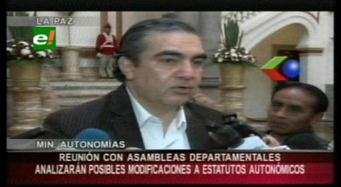 Ministro Siles se reunirá con asambleístas departamentales donde ganó el NO a los Estatutos Autonómicos