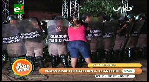 Desalojo: Llanteros y gendarmes nuevamente se enfrentan