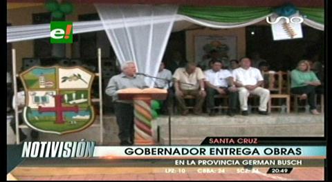 Rubén Costas entregó pavimento y canchas polifuncionales en la provincia Germán Busch