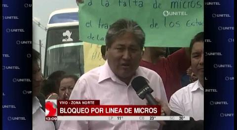 Santa Cruz: Chóferes bloquean la carretera al norte exigiendo su derecho al trabajo
