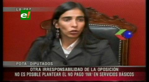 Diputada Montaño descalifica pedido de eliminar el IVA a los servicios básicos
