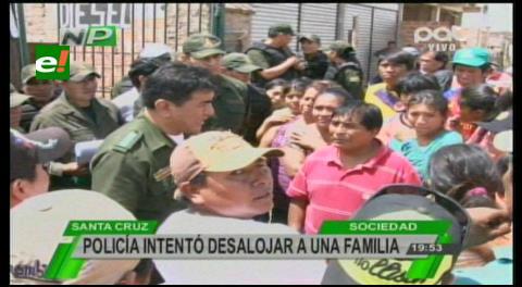 Vecinos del barrio Saragoza evitan desalojo de 2 familias