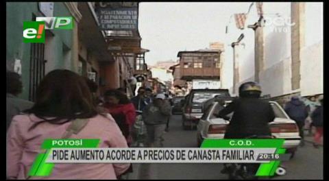 Potosí: Los trabajadores ratifican canasta familiar de 8.300