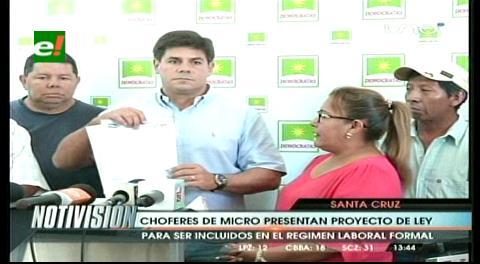 Proyecto de Ley incorpora a choferes de micro al Régimen Laboral