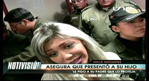 """Gabriela Zapata asegura que presentó a su hijo """"ante la autoridad competente"""""""