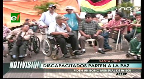 Discapacitados cruceños parten a La Paz