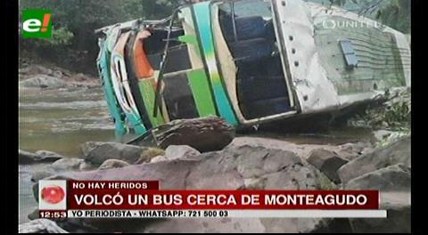 24 lesionados en vuelco de bus en Monteagudo