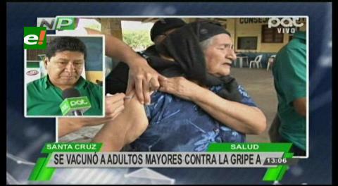 Santa Cruz: Vacunan ancianos contra la gripe AH1N1