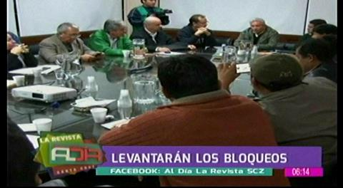 Gobernador Costas logra acuerdo con alcaldes y se levantan las medidas de presión