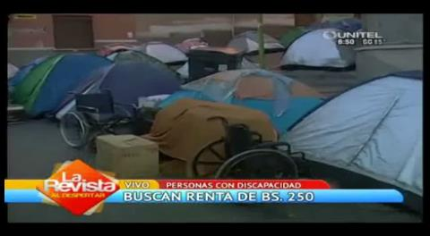 Personas con discapacidad piden recibir 250 bs. como renta