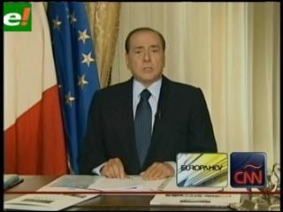 """Berlusconi asegura que el Vaticano no se refería a él cuando pidió """"más moralidad y legalidad"""""""