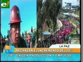 Multitudinaria marcha de la COB en La Paz