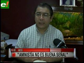 """Gary Rodríguez: """"Legalizar autos chutos afectaría a la economía boliviana"""""""