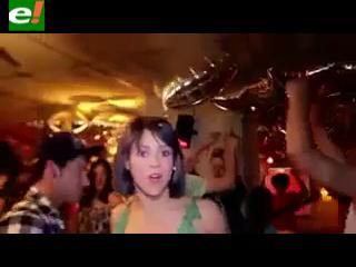 "La colombiana Shakira estrena nuevo look en ""Rabiosa"""