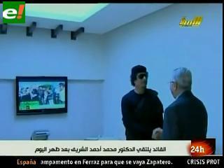 La OTAN hunde ocho buques de Gadafi