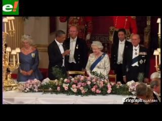 La metedura de pata de Obama en la cena de la Reina de Inglaterra