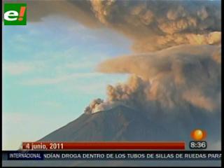 El volcán chileno Puyehue entra en erupción