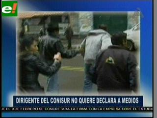 Marcha del Conisur demanda cobertura informativa, pero ante los medios huyen