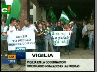 Vigilia en Santa Cruz por Rubén Costas