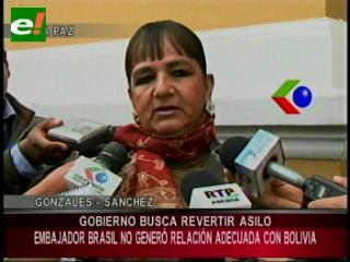 Bancada opositora pedirá reconocimiento para Embajador Biato