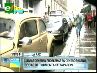 Lluvia torrencial anega calles y causa perjuicios en La Paz