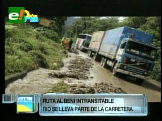 Crecida de río ocasiona daños en la ruta a Beni y la ABC cierra el tramo