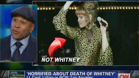 CNN confunde a Whitney Houston con un travesti