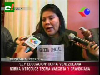 Diputada Piérola: «Ley de Educación es una copia venezolana»