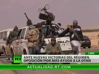 La OTAN asesina por error al menos a diez opositores libios