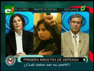 Primera mujer que asume como Ministra de Defensa ¿es positivo o negativo?