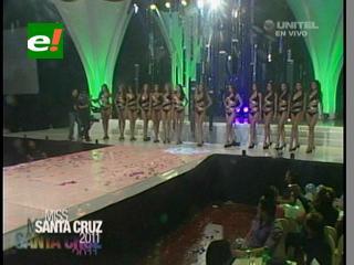 Candidatas a Miss Santa Cruz 2011 en traje de baño
