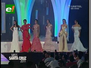 Las siete finalistas del certamen Miss Santa Cruz 2011
