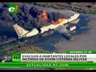 Un avión militar se estrelló en California