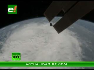 Enorme tormenta Irene vista desde el espacio