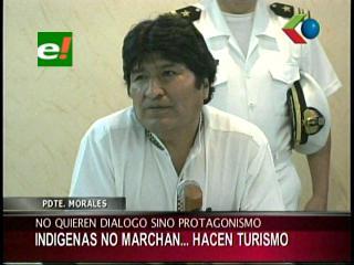 """Evo: """"Los indígenas no marchan, están haciendo turismo"""""""