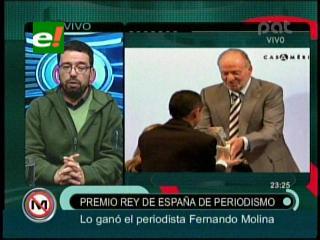 Periodista Fernando Molina recibe premio Rey de España