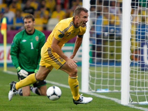 Ucrania derrotó a Suecia y es el líder del Grupo D de la Eurocopa