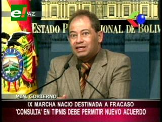 """Carlos Romero: """"IX marcha indígena nació destinada al fracaso"""""""
