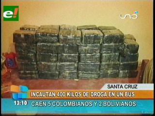 Felcn incauta más de 400 kilos de marihuana en un bus, 5 paraguayos y dos bolivianos detenidos
