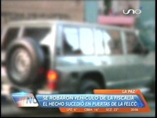 Denuncian robo de vehículo oficial de Fiscalía de La Paz