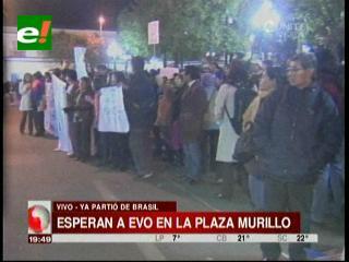 Población espera a Evo después de un periplo forzado por Europa