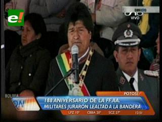 Aniversario: Evo define a las FFAA como nacionalistas y antiimperialistas