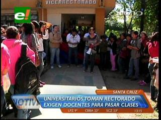 Universitarios toman el vicerrectorado de la Gabriel René Moreno
