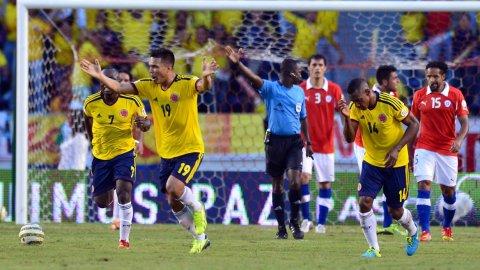 Colombia clasificó al Mundial con una remontada épica ante Chile