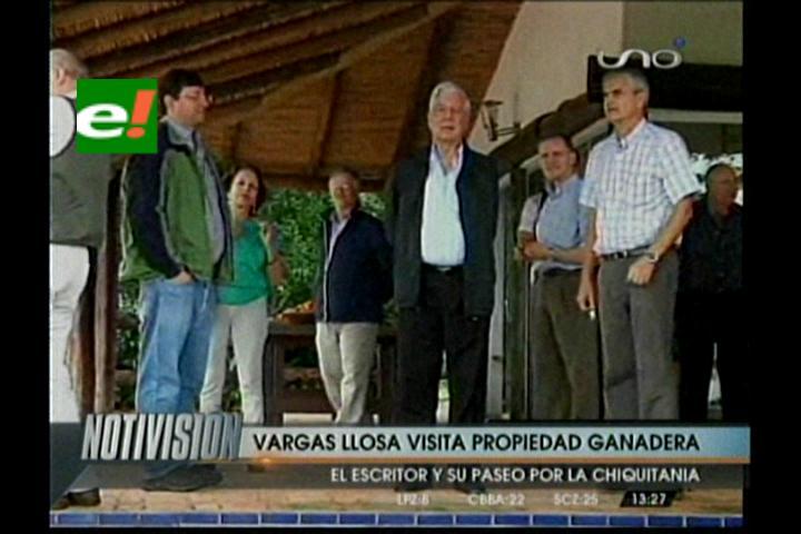 Vargas Llosa inicia su recorrido por las Misiones Jesuíticas bolivianas