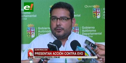 Gobernación cruceña presenta una acción de cumplimiento contra Evo por el pacto fiscal