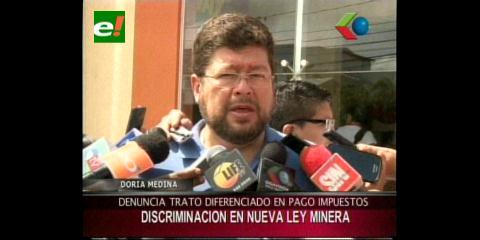 """Doria Medina: """"El proyecto de Ley Minera es discriminatorio"""""""