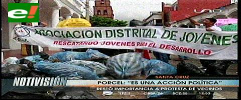 Protesta: Vecinos echan basura en las puertas del Concejo Municipal