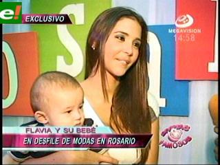 Flavia Foianini junto a su hijo son imagen en el mes del Niño