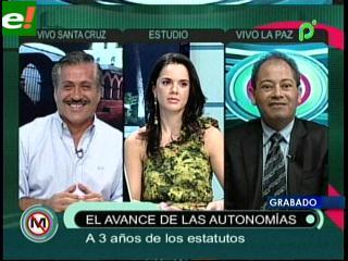 Juan Carlos Urenda y Carlos Romero debatieron sobre los avances y estancamientos de las autonomías en Bolivia